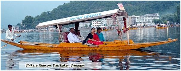 shikara taxi boat